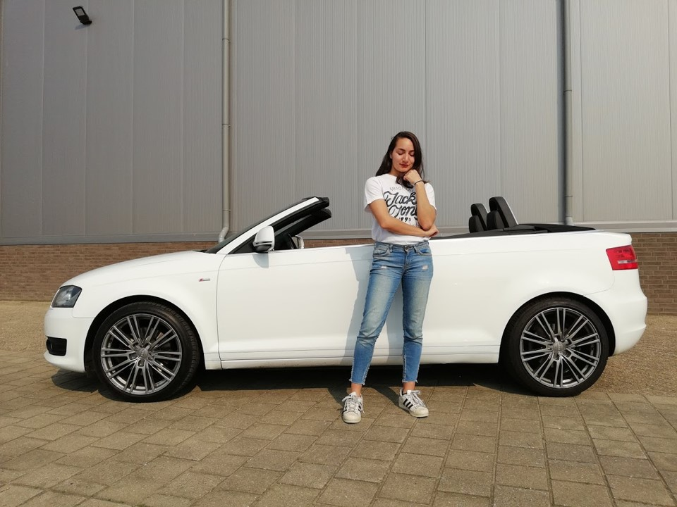 Outfit shoot met audi cabriolet